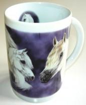 Sammler-Keramik-Tasse mit Pferdemotiv Schimmel