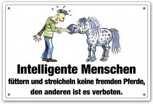 Warnschild: Füttern  & streicheln verboten...