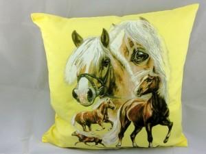 """Kissen mit Pferdemotiv """"Haflinger""""  inclusive Füllung 40 x 40 cm"""
